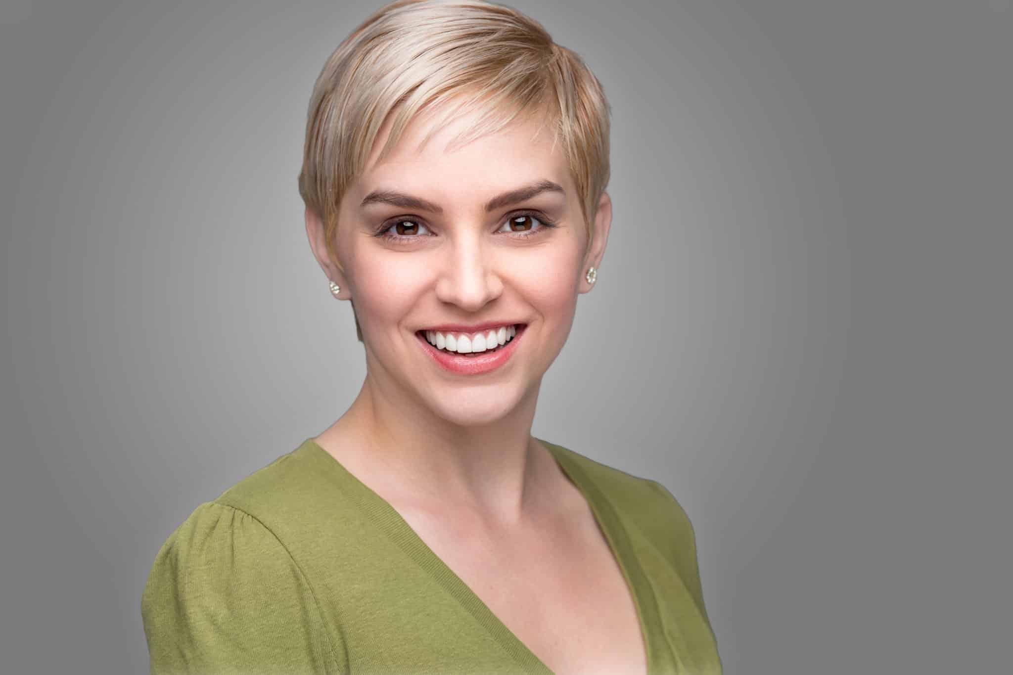 Dental Veneers: A New Smile in Just A Few Visits