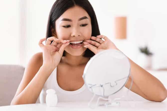 flossing teeth before brushing