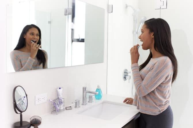 dental flossing and brushing tips